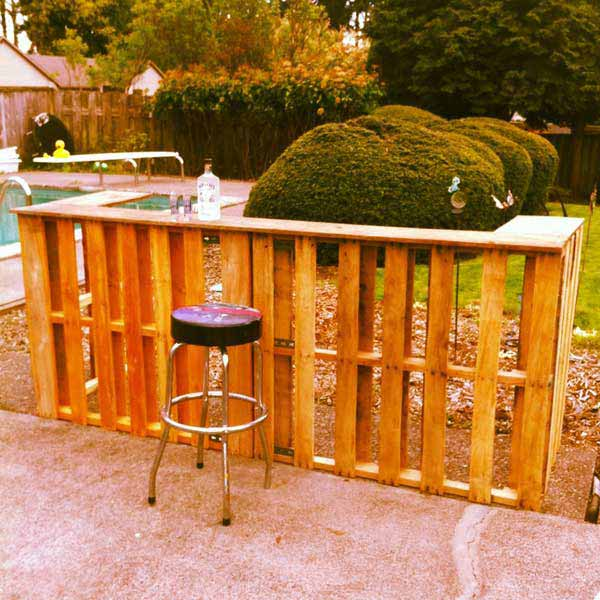 diy bar. DIY Outdoor Bar Station 10 26 Creative and Low Budget Ideas  Amazing