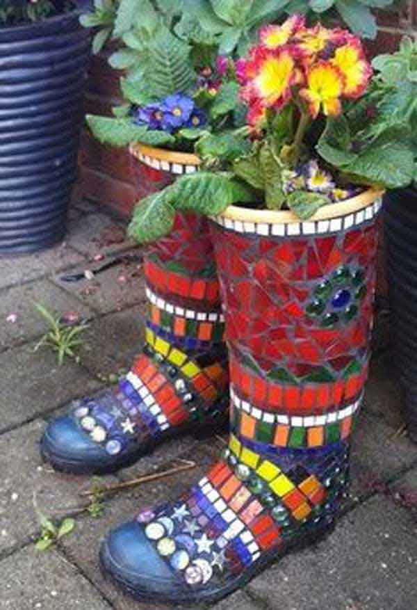 28 Stunning Mosaic Projects for Your Garden - Amazing DIY, Interior on crafts garden, clay garden, glass garden, american english garden, pebbles garden, animals garden,