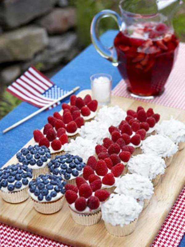 45 decorations ideas bringing the 4th of july spirit into for Fourth of july party dessert ideas