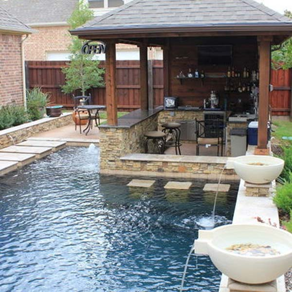 26 summer pool bar ideas to impress your guests amazing for Small backyard outdoor kitchen