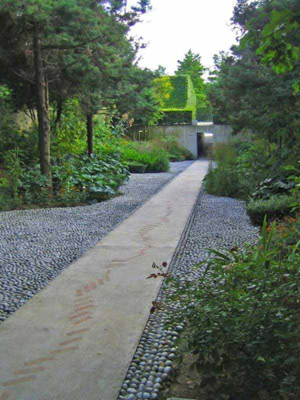 41 Inspiring Ideas For A Charming Garden Path - Amazing ... on Backyard Walkway Ideas id=21259
