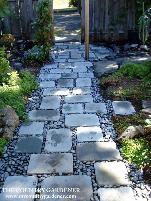 garden-walkway-ideas-36