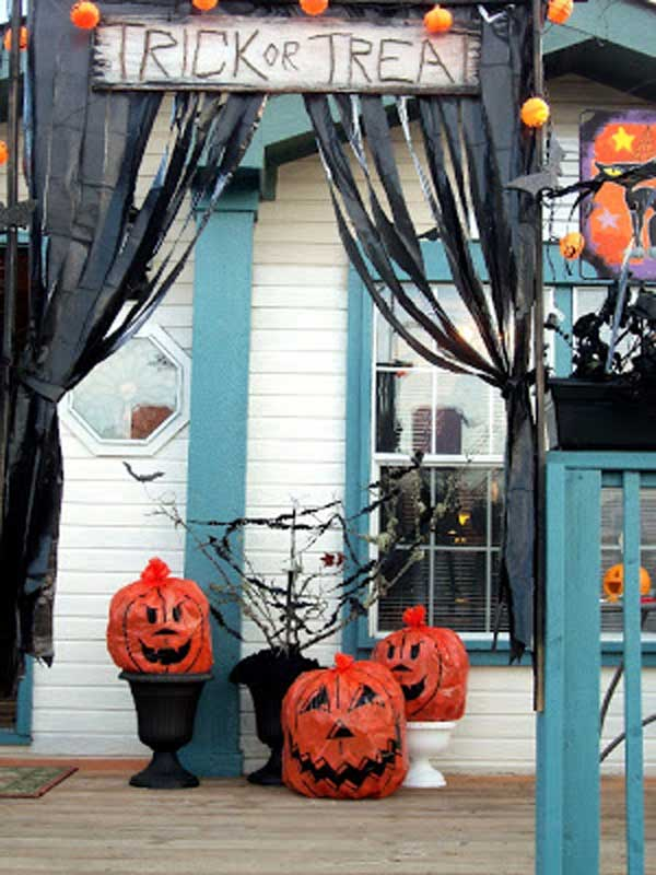 Halloween-porch-ideas-22