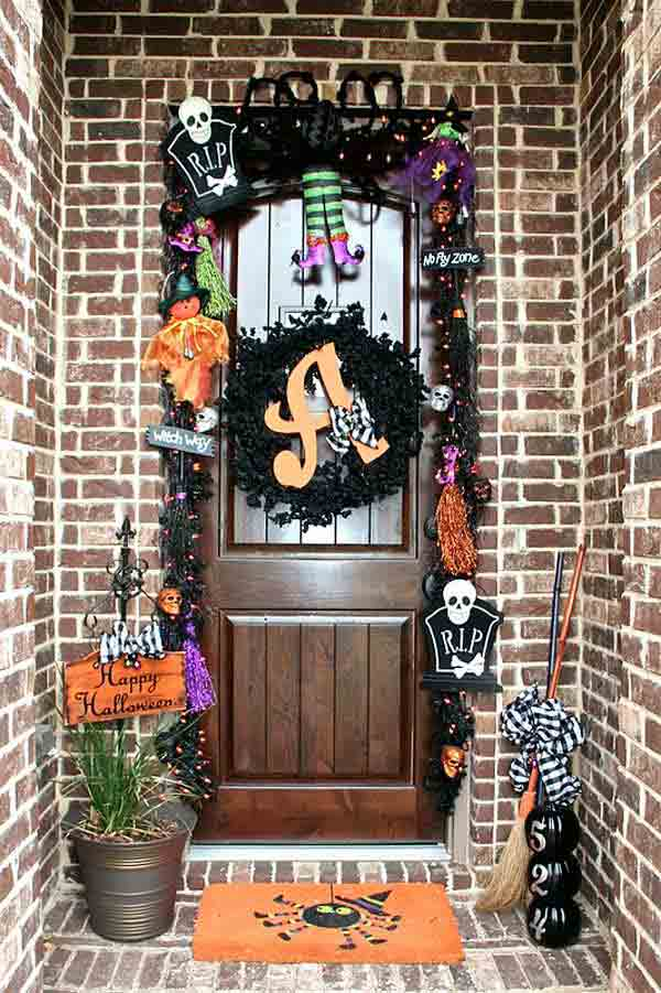 Halloween-porch-ideas-23
