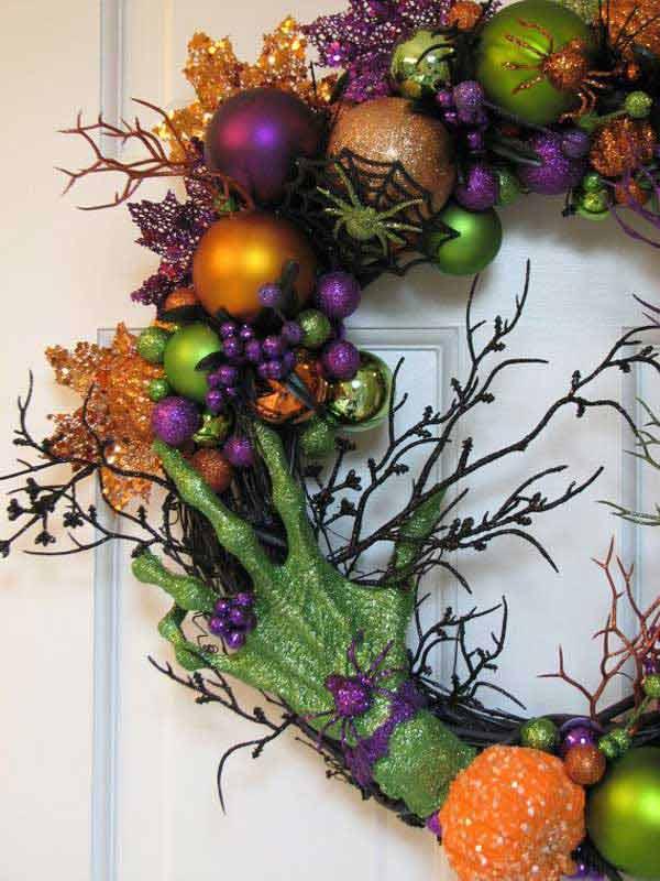 Spooky-Halloween-Wreath-21