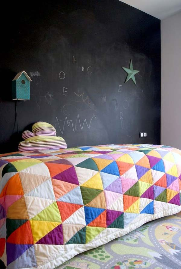 chalkboards-in-kids-rooms-19