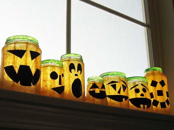 halloween-inspired-mason-jars-15