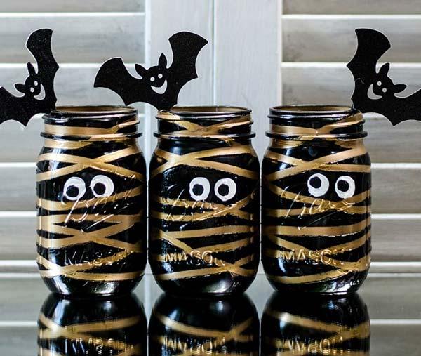 halloween-inspired-mason-jars-5