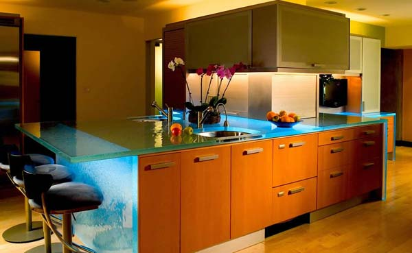 kitchen-glass-counters-ideas-7