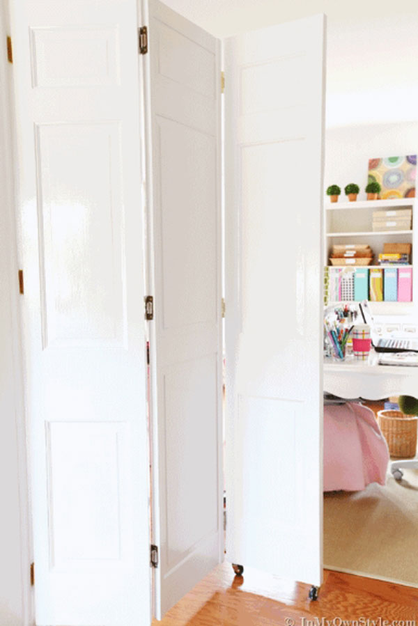 24 fantastic diy room dividers to redefine your space for Room divider ideas for small spaces