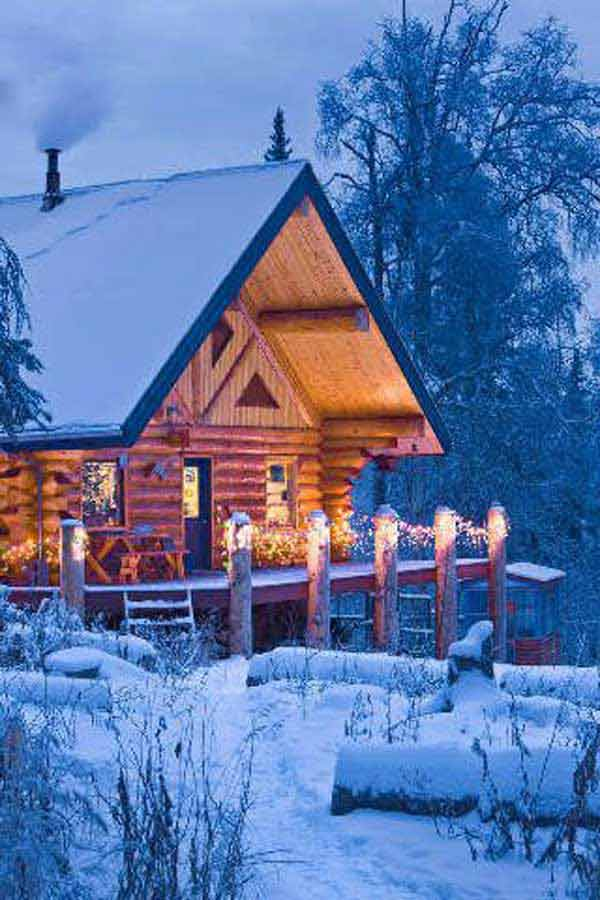 23 breathtaking forest fringed wood cabins amazing diy for Alaska cottage