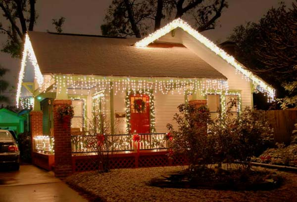 outdoor christmas lighting decorations 1 - Christmas House Decoration Ideas Outdoor