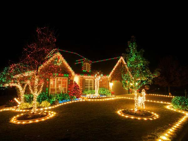 Top 46 Outdoor Christmas Lighting Ideas Illuminate The Holiday Spirit - Amazing DIY, Interior ...