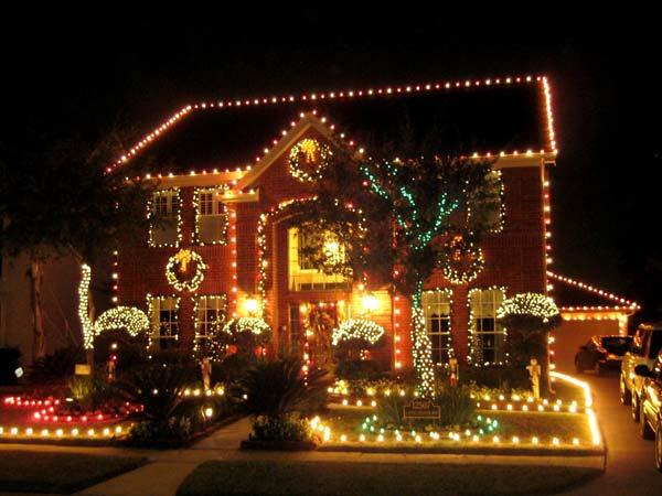 Top 46 Outdoor Christmas Lighting Ideas Illuminate The Holiday Spirit Amazing Diy Interior Home Design