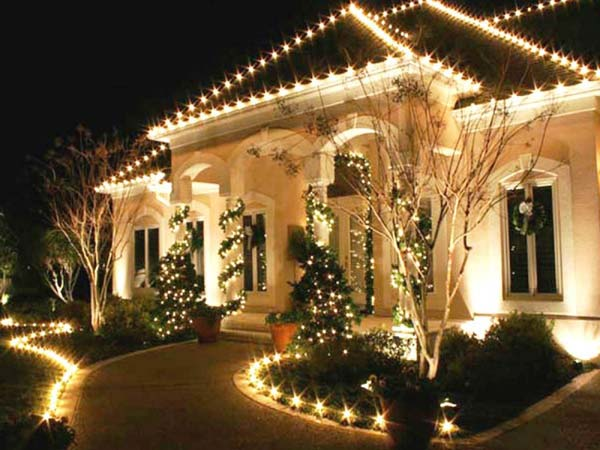 easy outside christmas lighting ideas creative outdoorchristmaslightingdecorations28 top 46 outdoor christmas lighting ideas illuminate the holiday