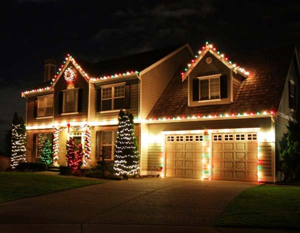 Outdoor-Christmas-Lighting-Decorations-33