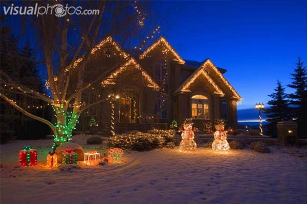 outdoor christmas lighting decorations 37 - Christmas House Decoration Ideas Outdoor