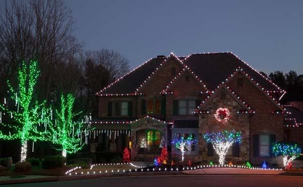 Top 46 Outdoor Christmas Lighting Ideas Illuminate The Holiday ...