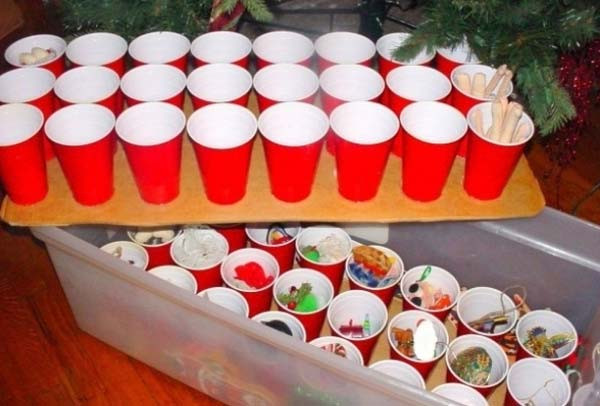Clever-Christmas-hacks-9