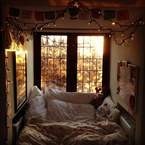 Cozy-reading-nook-for-this-winter-8
