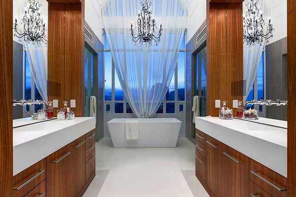 most-incredible-master-bathrooms-1