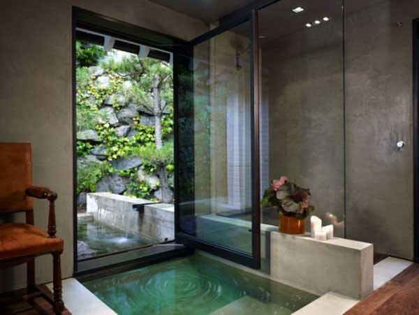 most-incredible-master-bathrooms-14