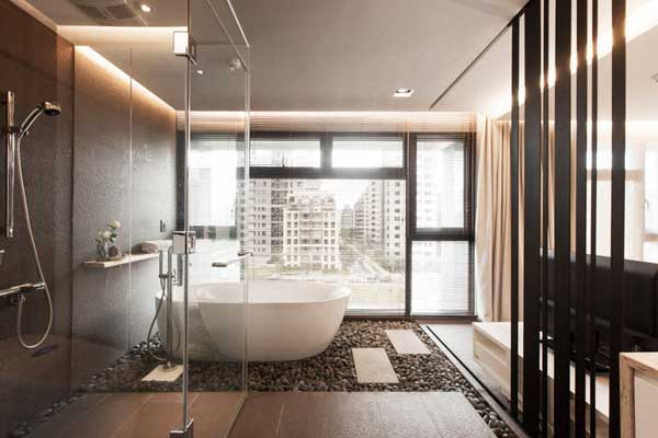most-incredible-master-bathrooms-25