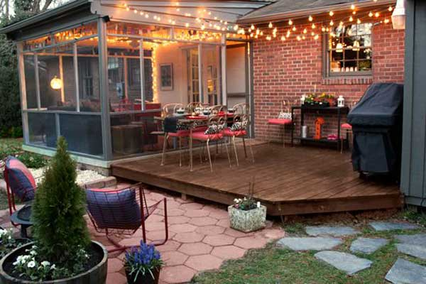 26 breathtaking yard and patio string lighting ideas will for Flat pack garden decking