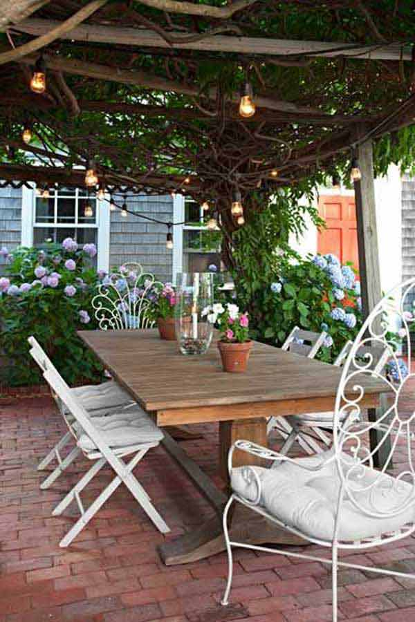 26 Breathtaking Yard and Patio String lighting Ideas Will ... on Backyard String Light Designs id=96510