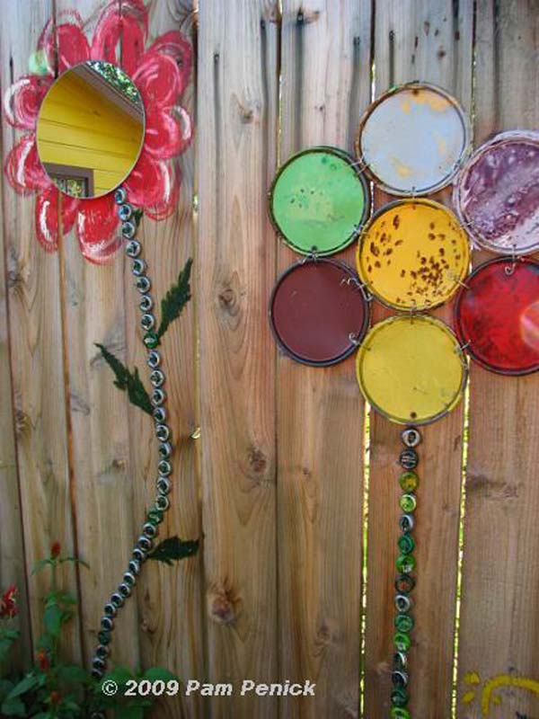 Top 23 Surprising DIY Ideas To Decorate Your Garden Fence ... on Backyard Fence Decor Ideas id=79417