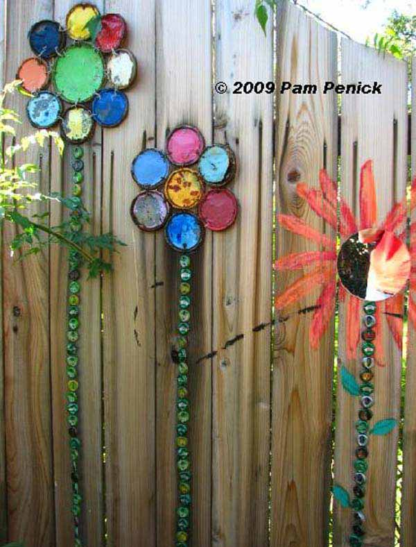 Top 23 Surprising DIY Ideas To Decorate Your Garden Fence ... on Backyard Wall Decor Ideas id=99835