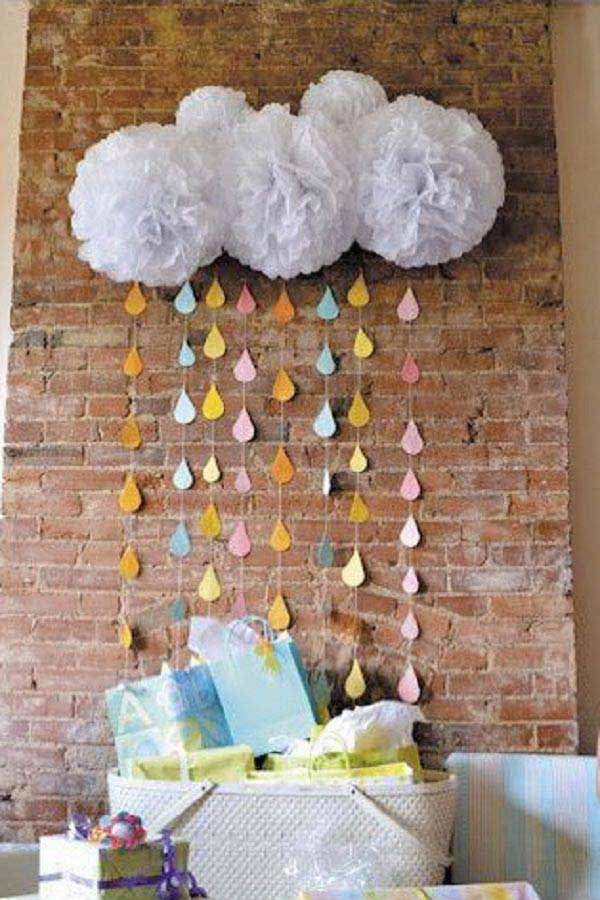 22 cute low cost diy decorating ideas for baby shower for Baby shower decoration pics