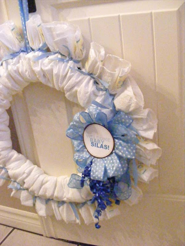 22 cute low cost diy decorating ideas for baby shower for Baby shower diaper decoration