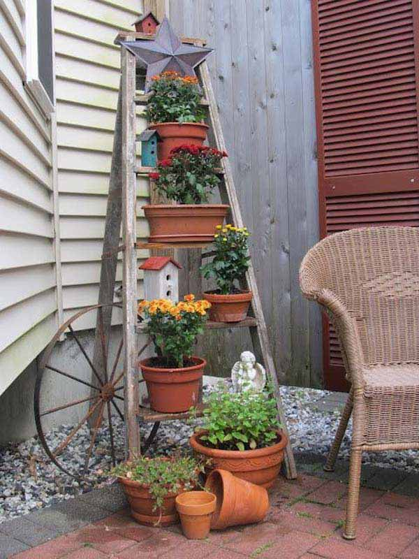 Top 32 DIY Fun Landscaping Ideas For Your Dream Backyard ... on Best Backyard Landscaping Ideas id=71704