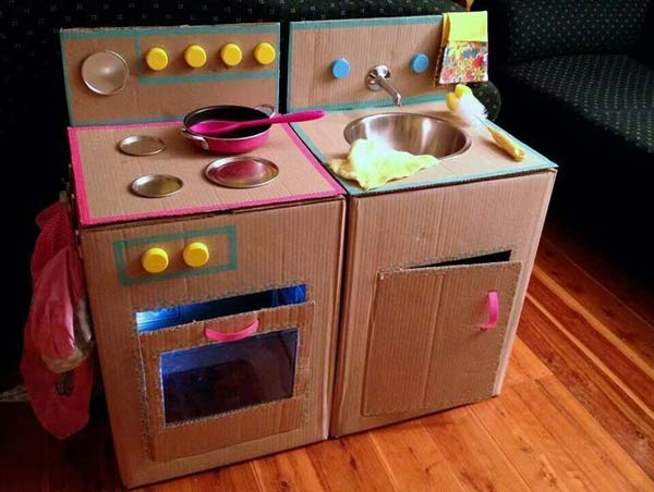 27 Diy Kids Games And Activities Can Make With Cardboard Boxes Amazing Diy Interior Home Design