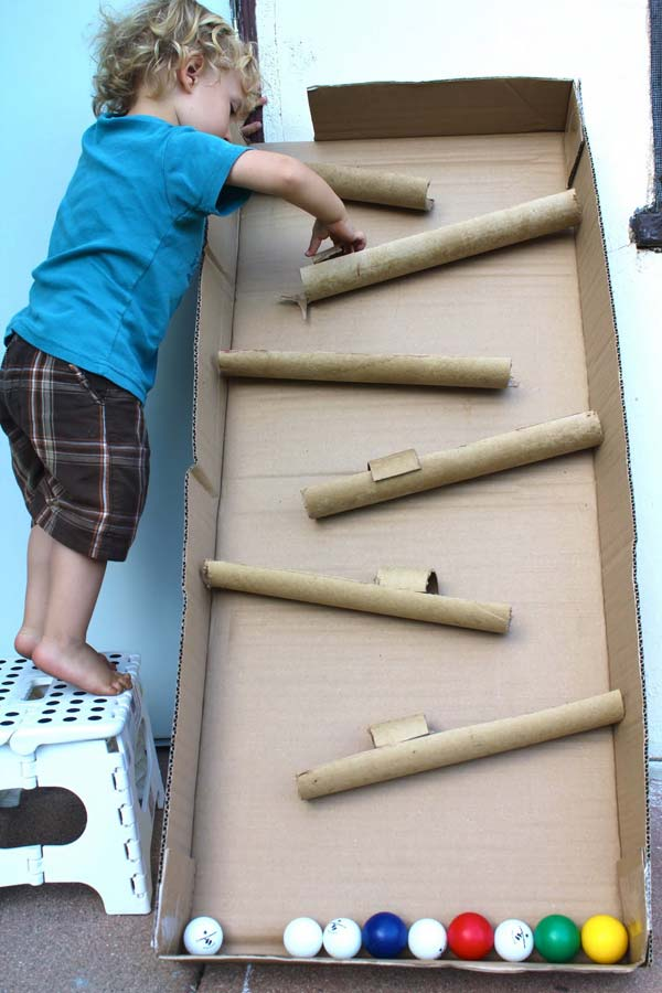kids-cardboard-box-activities-woohome-6