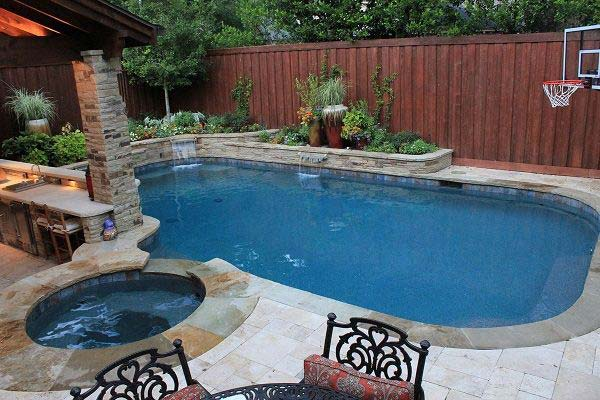 28 Fabulous Small Backyard Designs with Swimming Pool Amazing