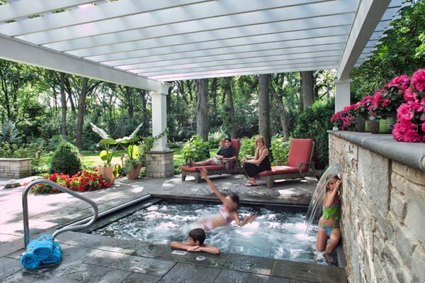 Small-Backyard-Pool-Woohome-19