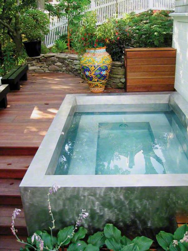 28 fabulous small backyard designs with swimming pool for Garden mini pool