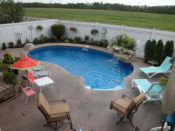 28 Fabulous Small Backyard Designs with Swimming Pool ... on Backyard Pool Decor Ideas id=69472