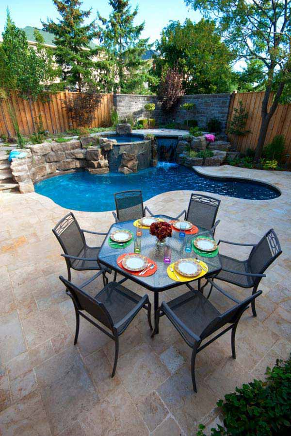 28 fabulous small backyard designs with swimming pool for Swimming pools for small yards
