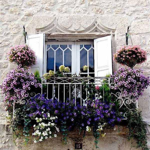 Spectacular-Balcony-Garden-Woohome-15