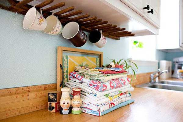 30 fun and practical diy coffee mugs storage ideas for your home Storage Ideas Wall