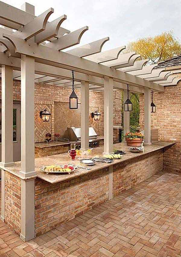 DIY-Backyard-Pergola-WooHome-14