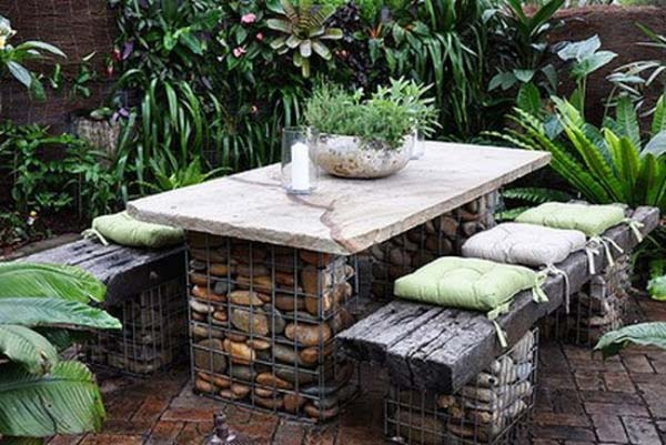 Charming DIY Outdoor Seating Ideas WooHome 22