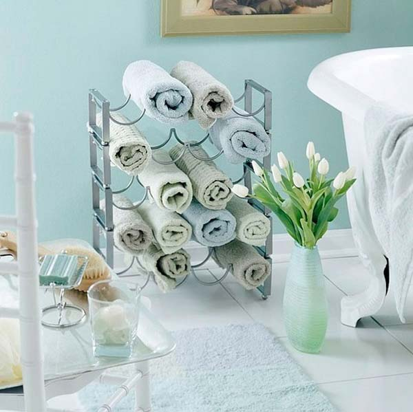 Storage-Hacks-In-Bathroom-WooHome-15