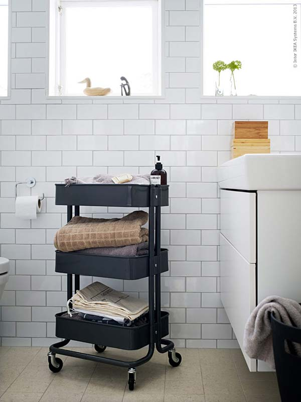 Storage-Hacks-In-Bathroom-WooHome-31
