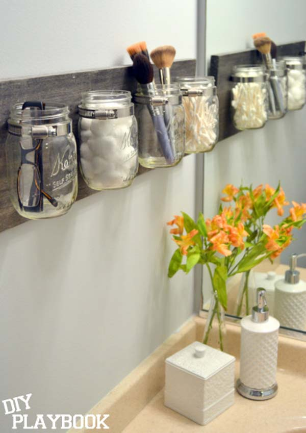 Storage-Hacks-In-Bathroom-WooHome-8