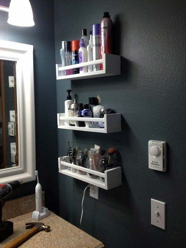 Storage-Hacks-In-Bathroom-WooHome-9