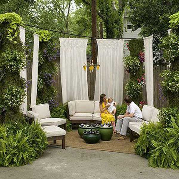 22 fascinating and low budget ideas for your yard and patio privacy. Black Bedroom Furniture Sets. Home Design Ideas